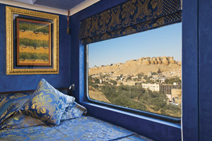 royal-rajasthan-on-wheels-2