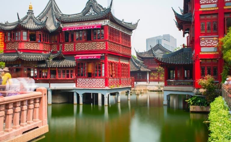 Temple du Bouddha de Jade, le Jardin Yu et la vieille ville, Le Nouveau Musée d'arts et d'Histoire de Shanghai